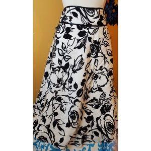 💗SALE💗 Ann Taylor skirt- size 10